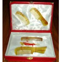 Bone and horn craftwork Horn comb