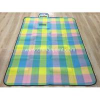 China New Checker Pattern Picnic Blanket on sale