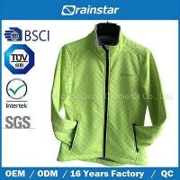 Green Simple Softshell Jacket with Competitive Price