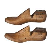 Buy cheap Molds and Forms Pair of Vintage Shoe Forms or Lasts Size 9 1/2B from wholesalers
