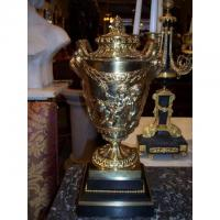 Buy cheap Objets d'arts Pair of Large Bronze Dore Urns H 3032 from wholesalers