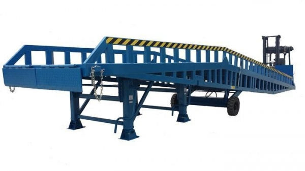 Mobile Hydraulic Dock Ramp for Container and Van Truck ...