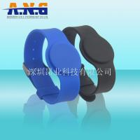 Watch Style Silicone Rfid Enabled Wristbands 125Khz For Swimming Pool