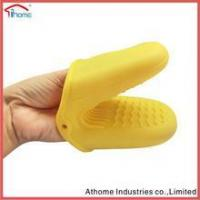 Buy cheap Non-slip heat resistant animal shape silicone baking cooking superior glove from wholesalers