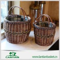 use wicker storage basket with wooden handle and logo liner