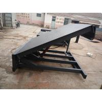 Stationary hydraulic mobile dock ramp