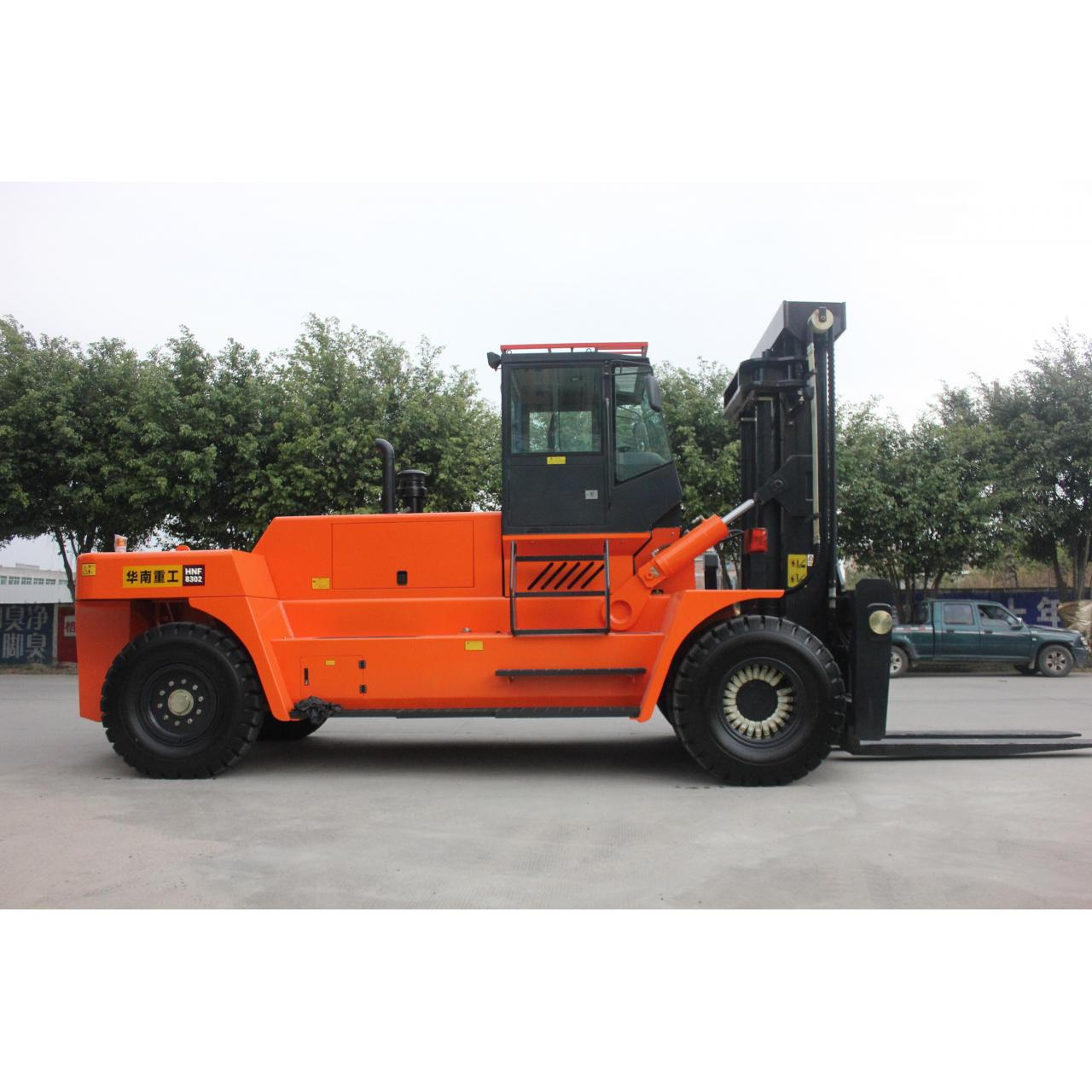 Buy cheap HNF-350 Counter balance heavy duty diesel forklift from wholesalers
