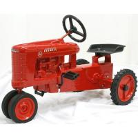 Buy cheap Toy Tractors International Farmall H Pedal Tractor Toy from wholesalers