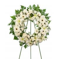 Wreaths Wreath of mixed white flowers