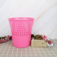 Round Dustbin With Handle
