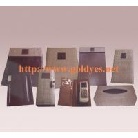 ROOMS BOUTIQUE AND ARTWARE Imitation grass wearing lether combination